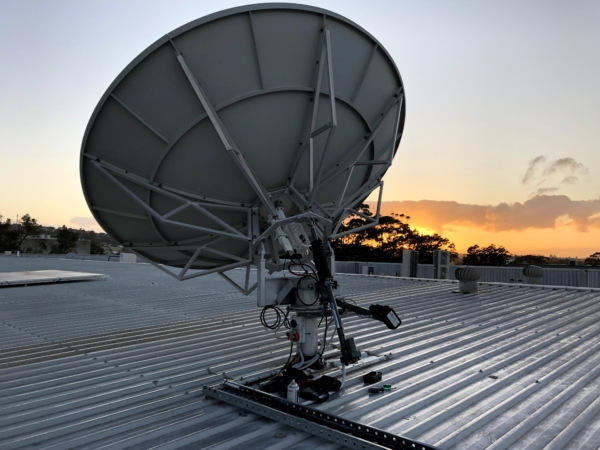 2.4m Dual Axis Tracking Ku Band Inclined Orbit Antenna System